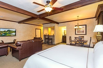 King Suite at Tapatio Springs