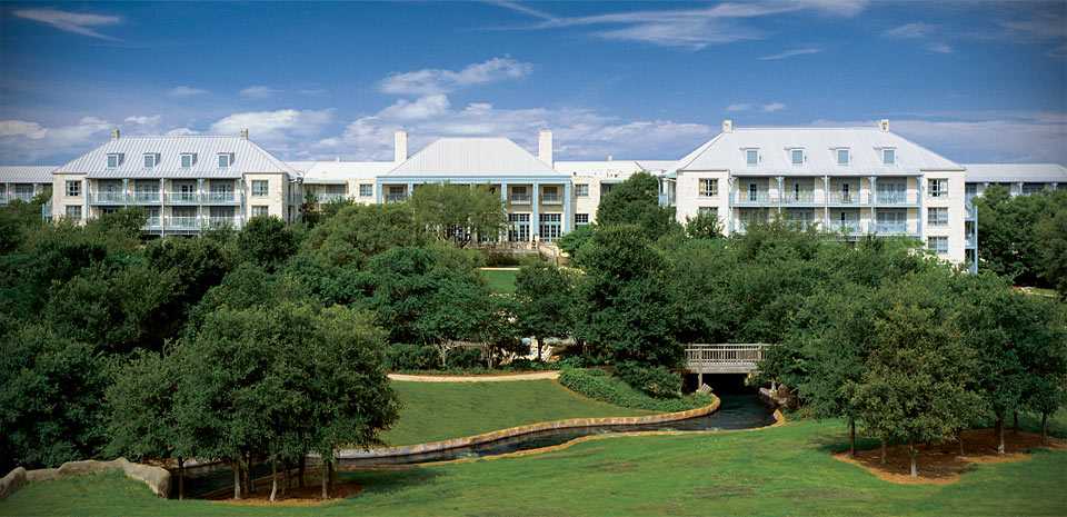 A fun weekend at the hyatt regency hill country resort for Top spa resorts in texas