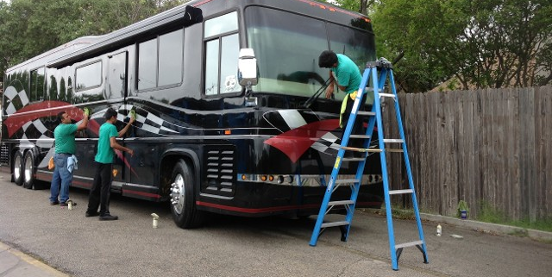 Here 39 S Where You 39 Ll Find Mobile Rv Detailing Washing Waxing And Other Services In Texas