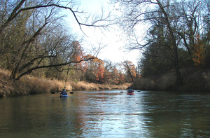 Llela_kayaking_on_elm_fork