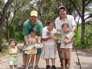 Family_fishing