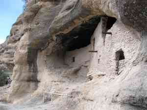 Gila_cliff_dwellings_0209