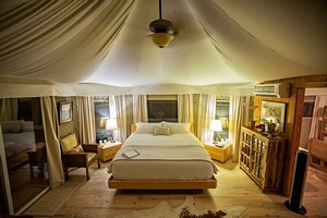 Glamping in Texas - a new luxury outdoor experience