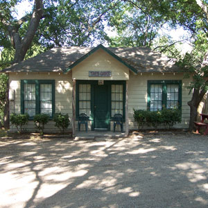 Read About This Fun Glen Rose Texas Weekend Adventure
