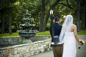 Featured Texas Hill Country Central Wedding Venue Image Name