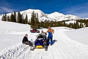Snowmobiling in Angel Fire