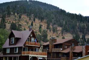 Lodging in Red River