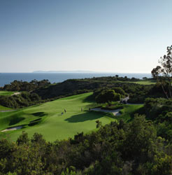 Golf hole at Pelican Hill Golf Course