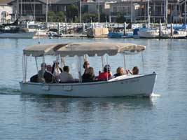 Rent an electric boat in Newport Beach Harbor