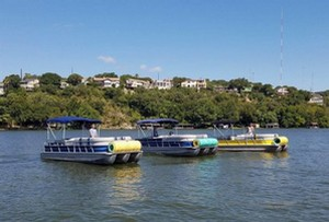 Float On Pontoon Boat Rentals on Lake Austin