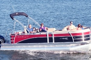 Suntex pontoon boat rentals on Canyon Lake