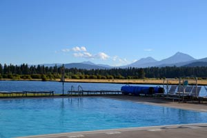 Infinity pool at Black Butte Ranch