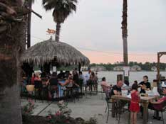 Lakeside dining and drinks at Wolfies