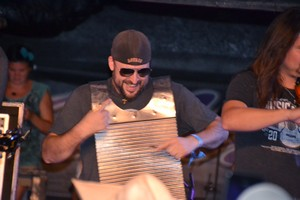 Roger Creager's Washerboard Player