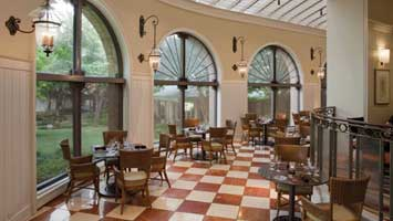 Cafe on the Green at  Four Seasons Resort Las Colinas