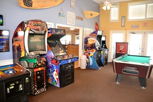 Game room at Holiday Inn Club Vacations Galveston Seaside Resort