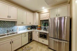 Holiday Inn Club Vacations Galveston Seaside Resort villa kitchen