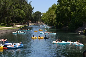Tubing the Comal River in New Braunfels