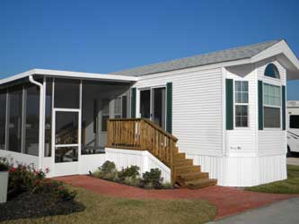 Well Landscaped And Clean Cabin At Lake View RV Resort