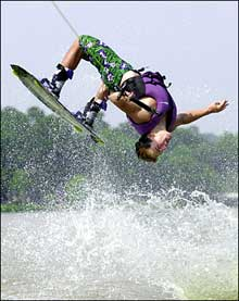 Go wakeboarding with a Splash boat rental