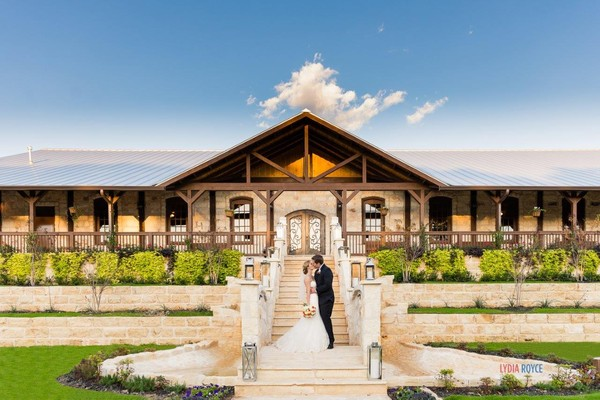Featured North Texas Area Wedding Venue The Springs In Mckinney Stone Hall Dfw Outdoors